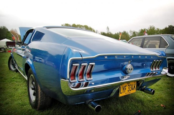 Ford Mustang with a sweet ass